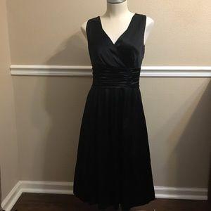 Boden Women's Sleeveless Black Pullover Dress 8R